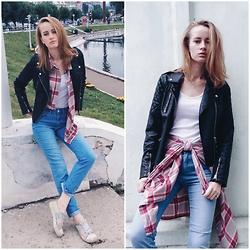Kseniya Kaftaylova - Topshop Baker Jacket, Asos Jeans, H&M Shirt - Checkered Mood