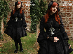 Mitsuko † from Weird Land - Bodyline Black Dress, Re Style Belt With Cameo - Victorian Catherine's picnic in Brno