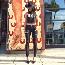 Juting T - Adora Hats Black Hat, The Beatles Tank, Frame Denim Skinny Ripped, Brash Black Pumps - Black
