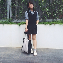 Lee Le - Arcade Black Dress, Stripes Blouse, Zara Tote Bag, Jeffrey Campbell Oxfords - Stripes