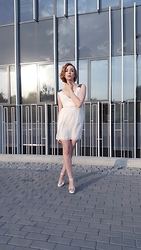 Adrianna - Aldo Shoes, Zara Dress - White elagancy
