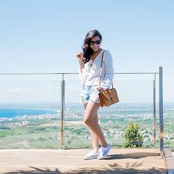 Fiveftwo - Missguided Shorts, Vans Shoes, Asos Top, Mango Bag - Simple and casual