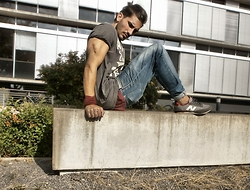 Mildan Soner - New Balance Sneaker, Diesel Carrot Jeans - Be ALWAYS thankful for what you got!