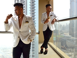 Paul Ramos - Bachelor Shoes Bl Slippers, S.Square Pocket Square, H&M Hugo Sunglasses - THE IMPERTINENT SEDUCER