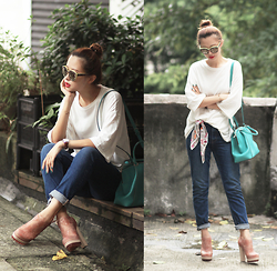 Mayo Wo - Kooding White Tee, Anna Coroneo Bee Scarf, Cartier Turquoise Bag, Monki Jeans, Melissa Floral Boots - T for tee