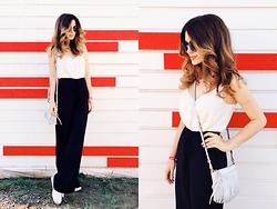 Katu Mikheicheva - Rebecca Minkoff Leather Bag, Love Republic Silk Top, H&M Coachella Pants, Misha4sure Round Sunglasses - Afisha picknic