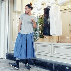 Thanh Truong - Ami T Shirt, Ami Pleat Pant, Dr. Martens Shoes - A LOST samurai