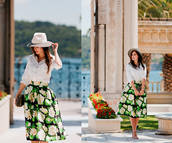 Viktoriya Sener - Romwe Shirt, Romwe Skirt, Serpui Marie Clutch, Eugenia Kim Hat - GONE WITH THE WIND