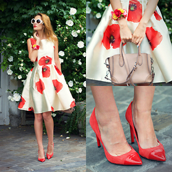 Ruxandra Ioana - Chic Wish Dress - Field of Poppies