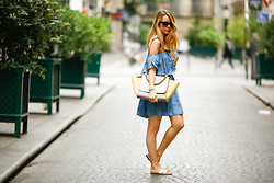 Caroline Louis - Fashion Pills Dress - Denim dress in the rain