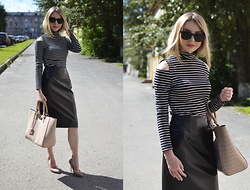 Alina Velnikovskaya - Steve Madden Nude Heels, Oasap Leather Skirt, Oasap Striped Turtleneck - Stripes and leather