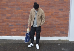 Miguel Valero - Carhartt Beanie, Gap Jacket, I Love Ugly Kobe Pant, Adidas Superstar Ii - Back to Uni II