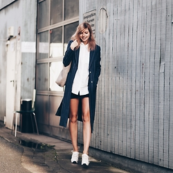 Jana Wind - Asos Coat, Asos Shirt, Vagabond Shoes - Pinstripe
