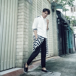 Thanh Truong - B21 Shirt, B21 Jogger Pant, Asos Slip On - Tell me about the sea