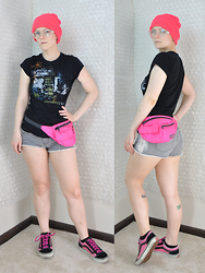 Suzi West - Hot Topic Beanie, Kinsey Clear Glasses, Heavy Rotation Graphic Tee, Case Logic 90s Neon Hip Pack, Mossimo Denim Shorts, Vans Skater Sneaker - 20 July 2015