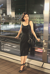 Cybele Haaven - Gucci Disco Bag, Alexander Wang Black Heels, Designers Remix Mesh Skirt, H&M Top - Lost in Translation