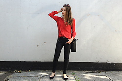 Alicja Szczepanska - Zara Red Shirt, New Yorker Black Skinny Pants, Zara Black Flats, Zara Black Bag, Dresslink Sunglasses - THE HANDLER