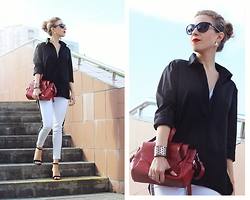 Margarita Maslova - Red Bag, Stradivarius Sandals - Black, white and red