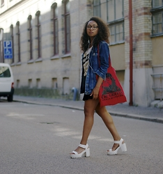 Amanda C.W - H&M Denim Jacket, Nelly.Se Sandals - Its all about the denim