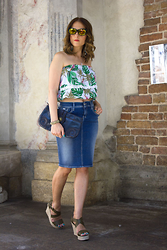 Margaret Dallospedale -  - Denim skirt and crop top