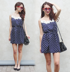 Halvmåner Blog - New Dress - Polka dot dress