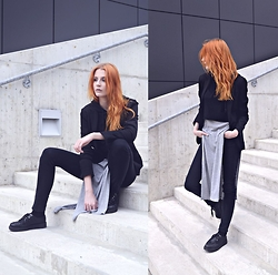 Magdalena T - Amisu Simple Black Blazer, New Look Long Gray T Shirt, Deezee Black Creepers - Talk. I'll listen.