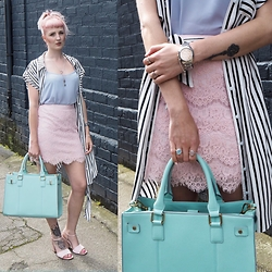 Amanda Davies - Accessorize Shopper, Bloody Mary Metal Rings, Caravelle Watch - Pastels and stripes