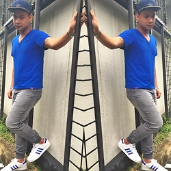 DADA FAB - Billabong Cap, Bench Blue Shirt, Factorie Jeggings, Adidas Sneakers - Monday Blues