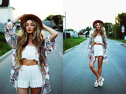 ♡Anita Kurkach♡ - Style Moi Crop Top & Shorts, Wholesalebuying Shoes, Wholesalebuying Kimono, Wholesalebyuing Boho Style Bracelet, Choies Hat - PEACE.