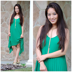 Kimberly Kong - Zaful Dress, Inpink Necklace, Deb Heels - Playing with Pleats