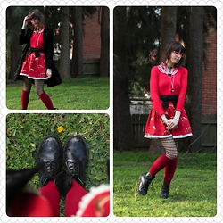 Jennifer Hankin - Spin Dr Pirate Coat, Hell Bunny Sailor Cardigan, Home Made Fox Skirt, Dr Martens - Foxes