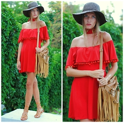 Yulia Sidorenko - Style Moi Off The Shoulder Dress, Bag, Choies Gladiator Sandals, Style Moi Flash Tattoo, H&M Rings, Choies Bracelet - Lady in red