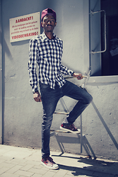 Jon The Gold - Stussy Burgundy Cap, We Fashion Checkered Shirt, We Fashion Slim Fit Jeans, Converse Jack Purcell X - CHECKERED - #Giveaway on jonthegold.com
