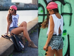 INGRID BETANCOR - Springfield Scarf As Turban, Style Moi Backless Cross Top Vest, H&M Denim Ripped Shorts, Springfield Suede Booties - TAKE MY HAND!