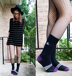 Margarita Ko - Cotton On Hat, Urban Outfitters Fishnets, Sammy Icon Socks - Highway to Hell and I'm Speeding