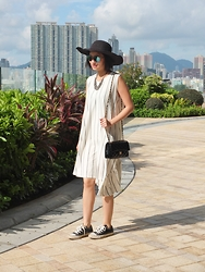 Jenn Su - Newdress Hat, Drex Fable - The Lady in Converse