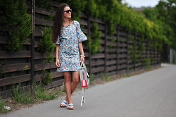 Iwińska .com -  - Summer sweet / sports LOOK - print 'Donuts'
