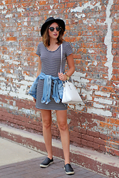 Alexis Kelly - Steve Madden Sneakers, Kate Spade Purse, Urban Outfitters Sunnies, Target Dress, American Eagle Outfitters Jacket - Chill.