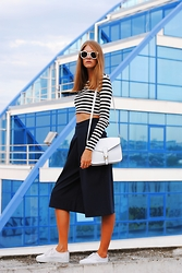 Yulia Sidorenko - Zara Long Sleeve Crop Top, Oasap Culottes, Dresslink Bag, H&M Sneakers, Choies Sunglasses, H&M Rings - Stripes and culottes