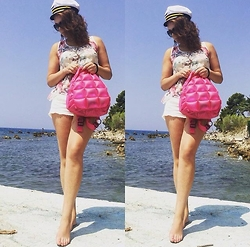 Emi's Blog -  - Going to the beach