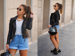 Claudia Villanueva - Ray Ban Sunglasses, H&M Necklace, Mango Jacket, Bershka T Shirt, Sheinside Shorts, New Look Boots - Motorbike