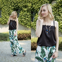 Joanna B - Zara Pants, United Colors Of Benetton Top - Jungle Boogie