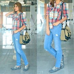 The Bandwagon Chic -  - COLORFUL PLAID