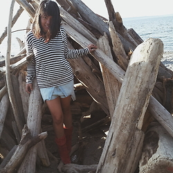 Lauren Parma - Him And Her Lane Stripe Hoodie, Silence + Noise Denim Romper, Him And Her Lane Red Fold Over Boots - Tipi