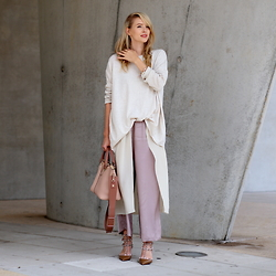 Leonie Hanne - Laura Scott Sweater, Marc O'polo Culottes, Chloé Baylee Bag, Valentino Rock Stud Heels, H&M Long Top - Oversized sweater x Layers | ohhcouture.com