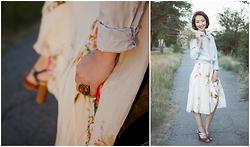 Zayana - Drykorn Silk Wavy Skirt, Found On The Streets Of Montreux Vintage Ring - Pastel Countryside