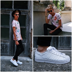 Jacob Żelechowski - Adidas Superstar, H&M Pants, Bershka T Shirt - High By The Beach