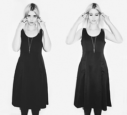 Lidia Zuin - New Dress A Line Black, Rosegal Stone Pendant - The Seventh Sister