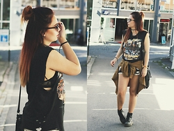 Amanda Runde - Vintage Ripped Muscle Tee, Ebay Lace Shorts, Tattoo Choker, Dr. Martens Boots - Rivers