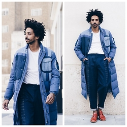 Oli Worlds - Na Di Studio Oversize Jeans Coat, Renée Bedell Jeans, Acne Studios White Tee, Stüssy Dress Shoes - WINTER CALL